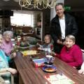 Ronald Brachmann zum Frauentag in der Wohnanlage Darlingerode